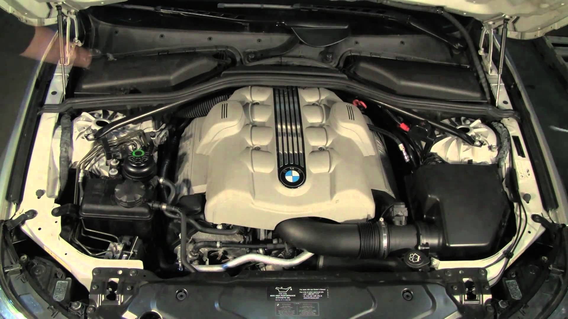 Bmw 528i Engine Diagram Under the Hood A Bmw 5 Series 04 Thru 10 Of Bmw 528i Engine Diagram