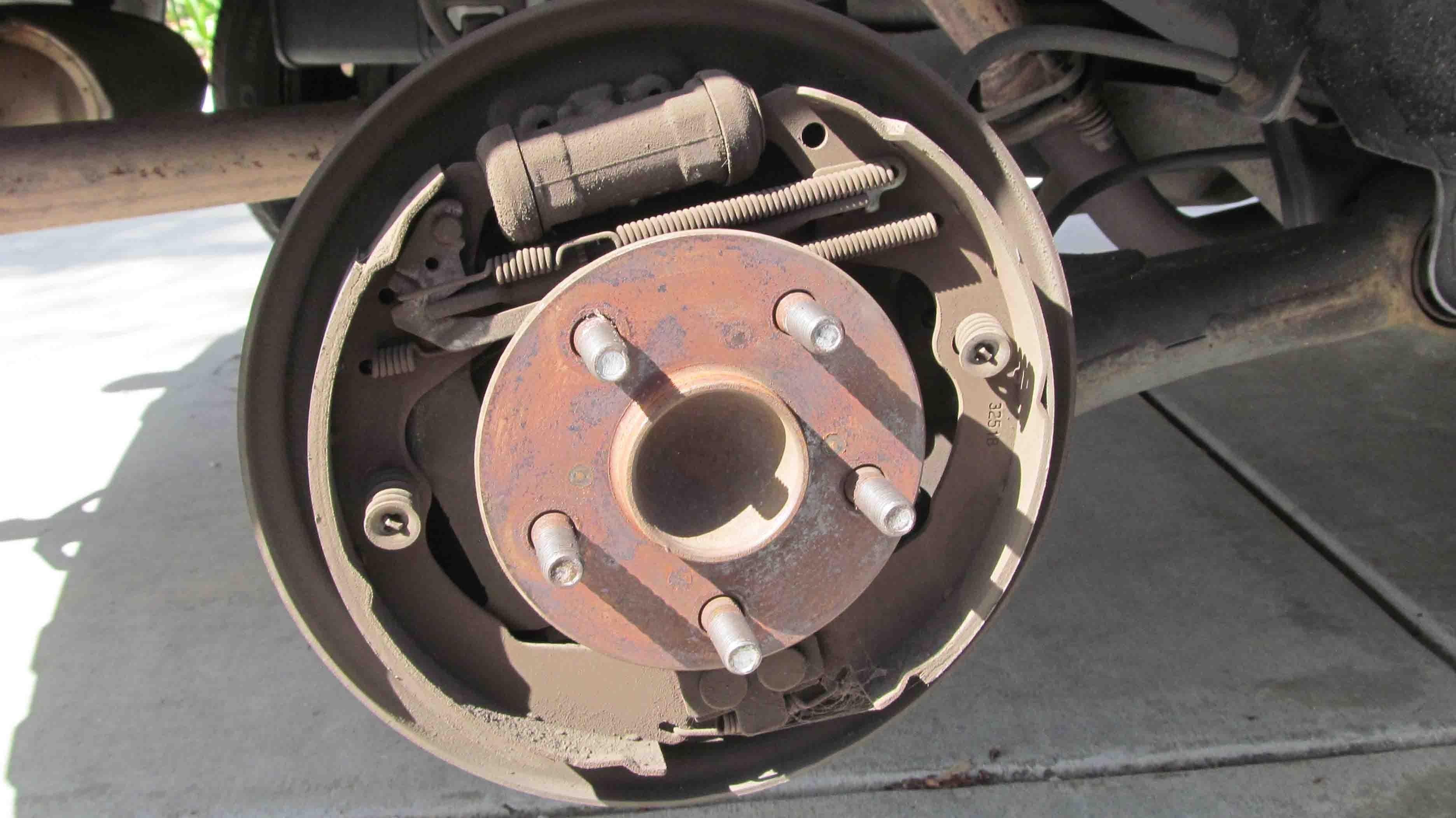 Brake Drum Diagram Diy Replace Rear Drum Brake Shoes for toyota Corolla Matrix 2003 Of Brake Drum Diagram