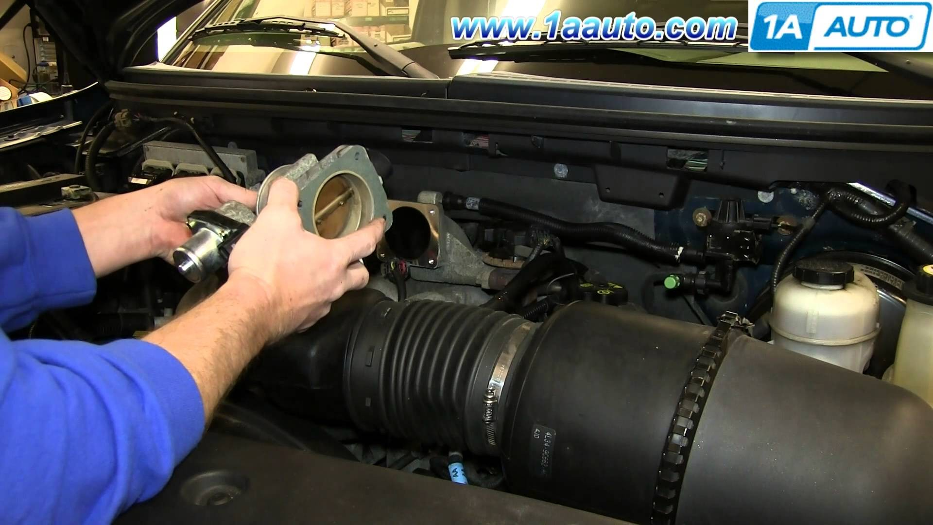 Ford 5 4 Triton Engine Diagram How to Install Replace Engine Throttle Body  2005 06 ford