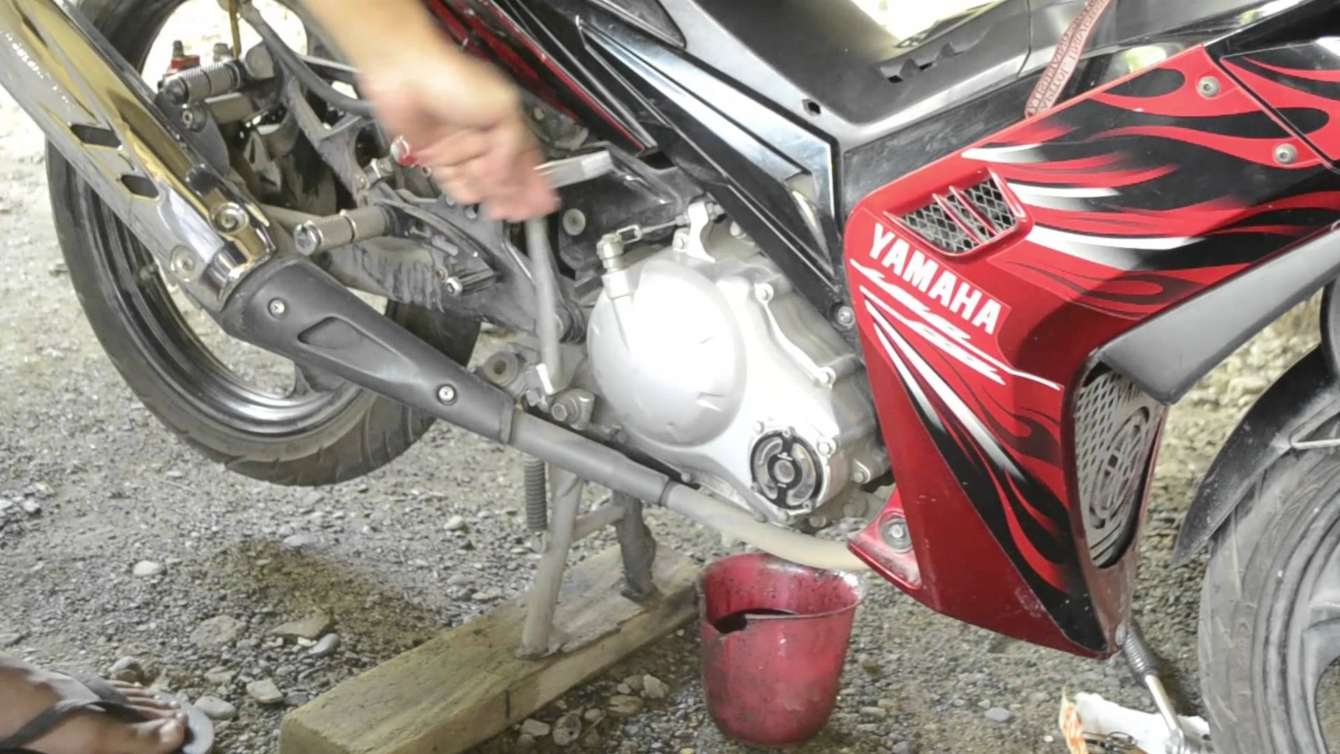 Yamaha Crypton R Engine Diagram How to Change the Oil and Oil Filter Of Your Motorcycle Of Yamaha Crypton R Engine Diagram