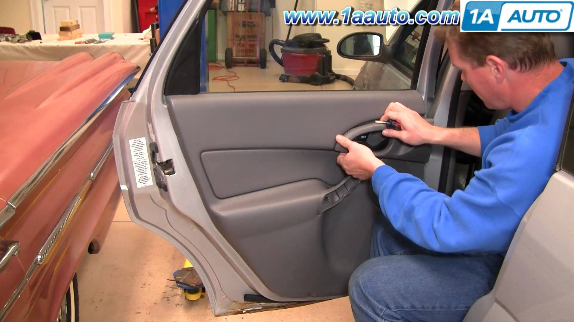 Superieur How To Install Replace Remove Rear Inside Door Panel Ford Focus 00