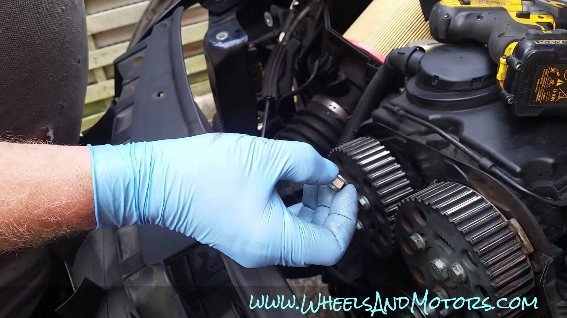 How to replace timing belt cambelt and water pump on 2 0 tdi