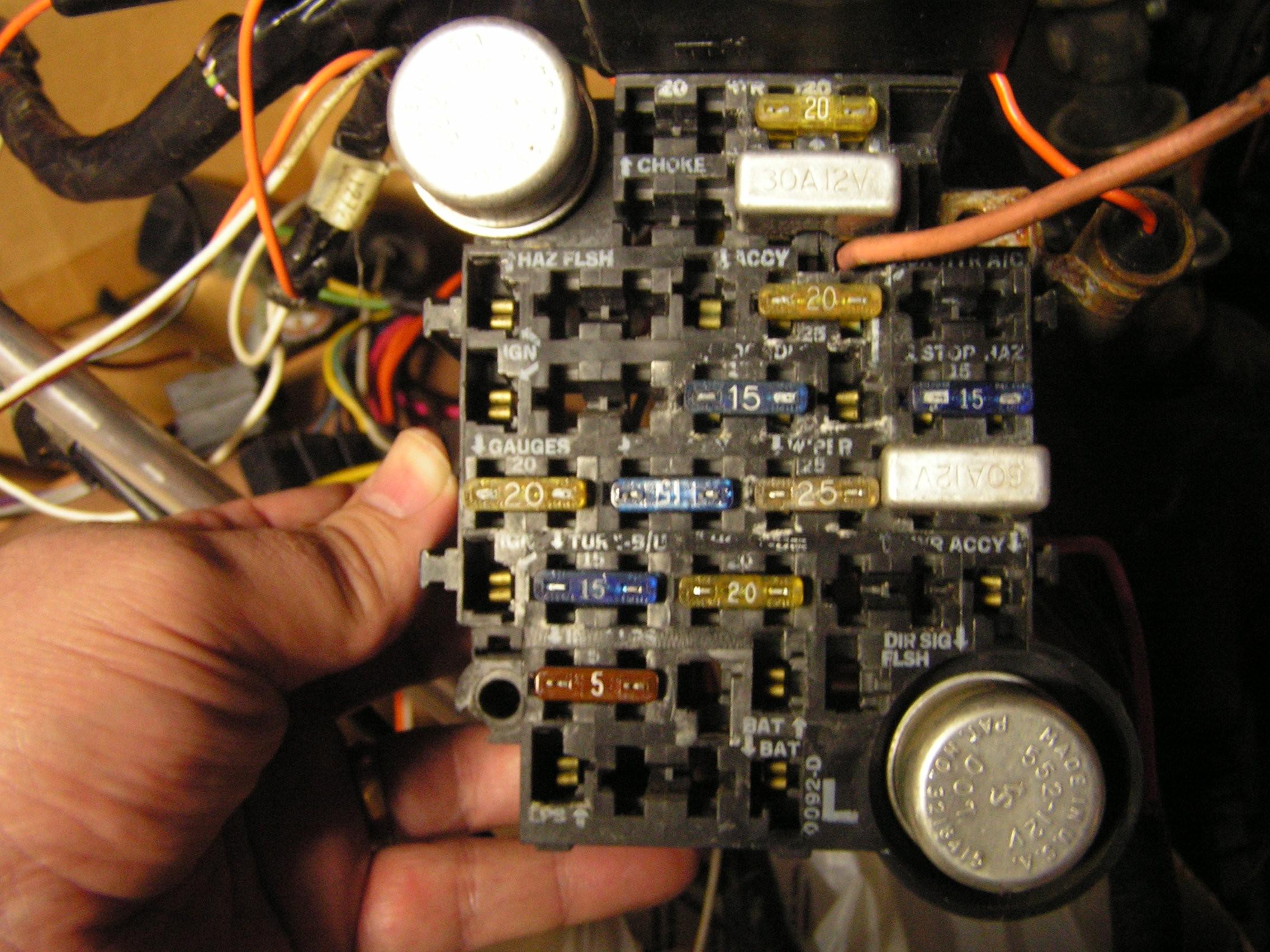 84 Gmc Truck Turn Signal Lights On when Light On 85 Chevy Pickup Fuse Box Of 84 Gmc Truck Turn Signal Lights On when Light On