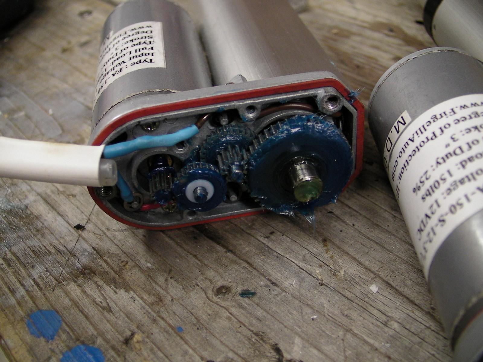 John Deere Gator Ts 4 X 2 Wire Power Lift Fell Apart Of John Deere Gator Ts 4 X 2 Wire